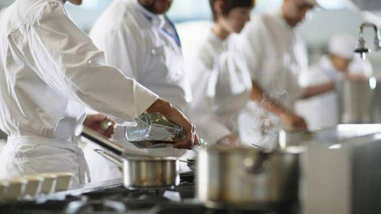 Tropea, due classi dell'alberghiero in finale nel concorso nazionale Cooking quiz