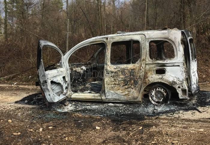 """""""Giallo"""" a Sorianello, ritrovato furgoncino completamente distrutto da un incendio"""
