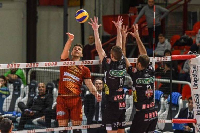 Superlega, il cambio in panchina non basta: Tonno Callipo sconfitta anche a Padova