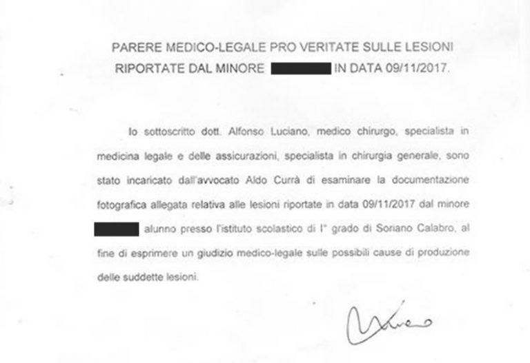 Minore picchiato a Soriano, la perizia: «Lesioni non prodotte da calci e pugni»
