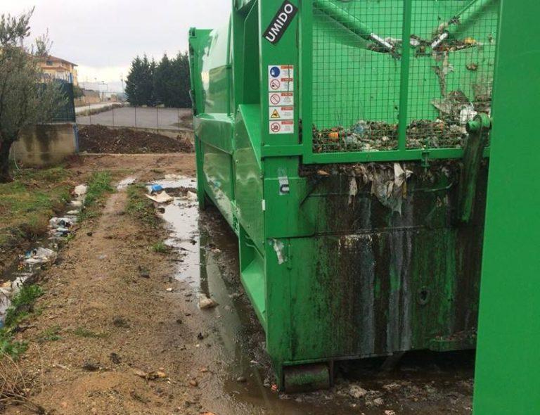 Caos rifiuti a Vibo, dopo la denuncia del sindacato scatta l'ispezione al deposito Dusty
