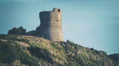 Torre Parnaso nel degrado, Nicotera alla Soprintendenza: «Joppolo la metta in sicurezza»
