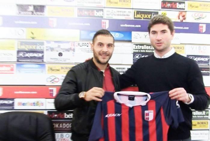 Serie D, Arario è a Vibo: primo allenamento in rossoblù (VIDEO)