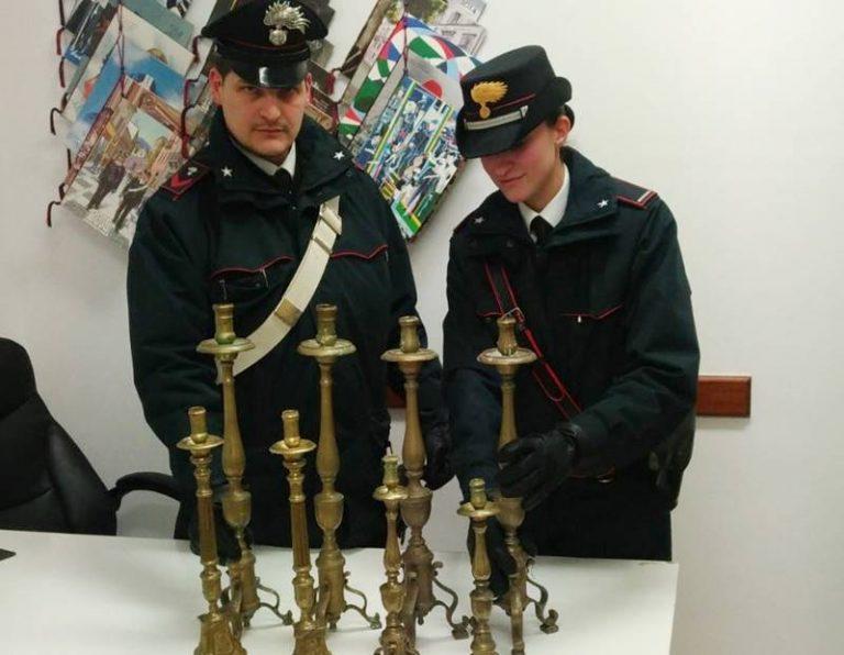 Pizzo, ritrovati dai carabinieri i candelabri rubati nella chiesa dell'Immacolata (VIDEO)