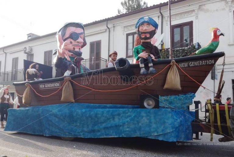 Carnevale 2018   In migliaia a Mileto tra maschere, musica e danze (FOTO)
