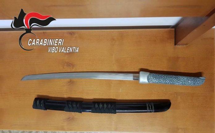 L'arma sequestrata a Nicotera