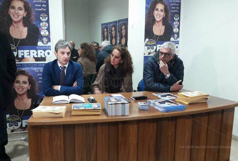 Politiche 2018   Wanda Ferro apre la segreteria a Vibo: «In campo contro la politica clientelare» (VIDEO)