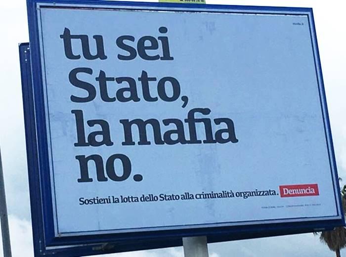 Se i messaggi contro la mafia ad alcuni danno più fastidio della mafia stessa