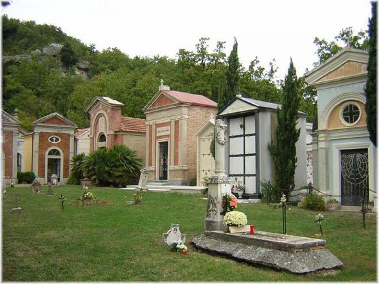 Operazione Miletos | Microspie nelle cappelle del cimitero per far luce sugli omicidi