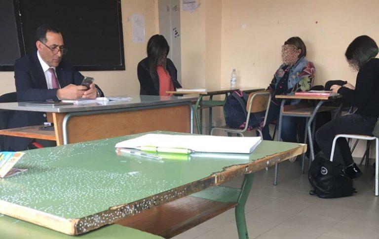 Dai banchi del Parlamento ai banchi di scuola, Censore torna a fare il prof (VIDEO)