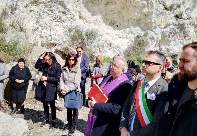 """Stefanaconi commemora la """"Tragedia della galleria"""", momento di riflessione sulle morti bianche"""