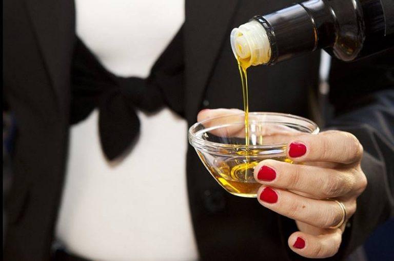 All'Alberghiero di Vibo seminario sulla degustazione dell'olio extravergine di oliva