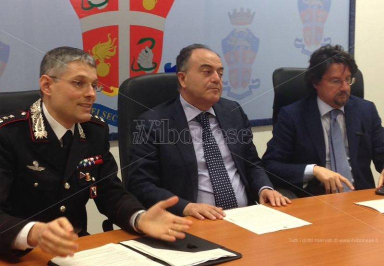 Colpo al clan Soriano, Gratteri: «Progettavano attentato contro caserma dei carabinieri» (VIDEO)