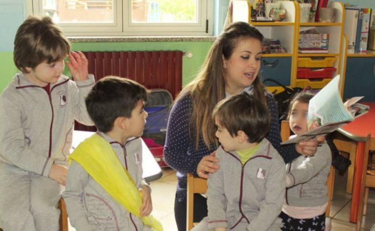 """""""I giganti"""" di Giusy Staropoli Calafati """"invadono"""" anche le scuole del Vibonese"""