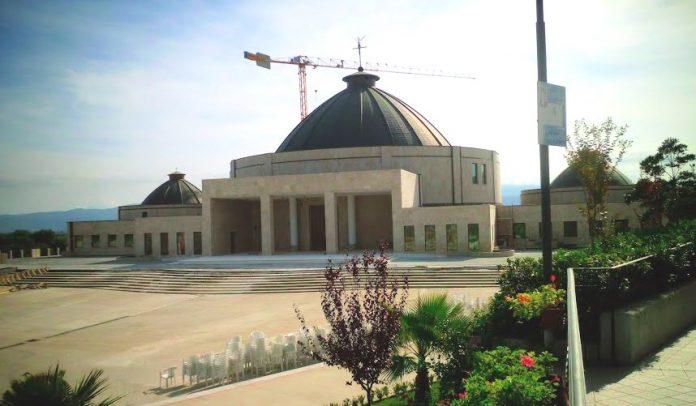 La grande chiesa di Paravati