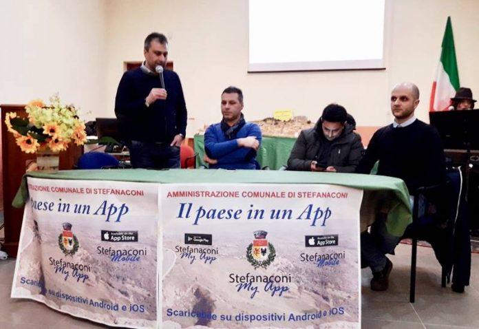 La presentazione dell'app comunale a Stefanaconi