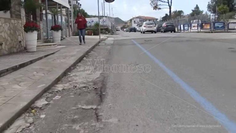 Strisce blu a Vibo Marina: commercianti in ginocchio e cittadini arrabbiati (VIDEO)