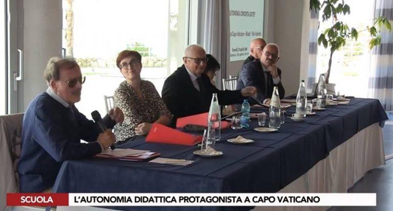 Autonomia scolastica, a Capo Vaticano esperti e docenti a confronto (VIDEO)