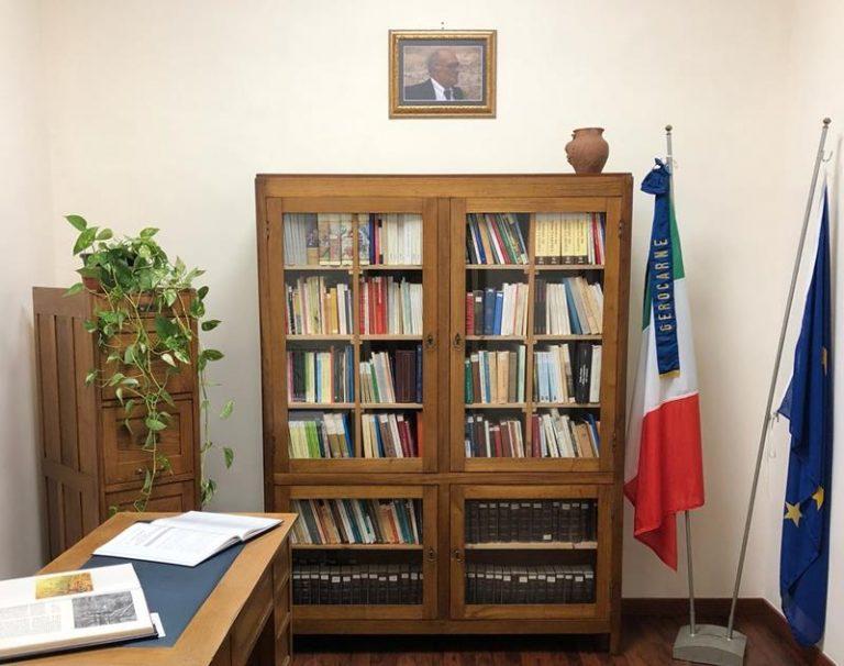 Gerocarne: biblioteca e archivio storico intitolati al poeta Rocco Cambareri