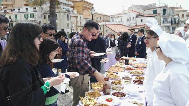 Un ponte turistico tra Cina e Calabria, Pizzo e Tropea tra le mete più ambite (VIDEO)