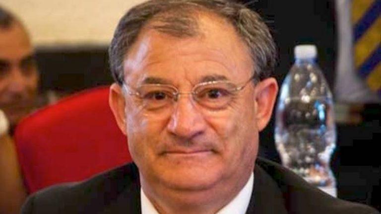 Dai domiciliari all'obbligo di dimora, il Pd di Vibo reintegra Alfredo Lo Bianco
