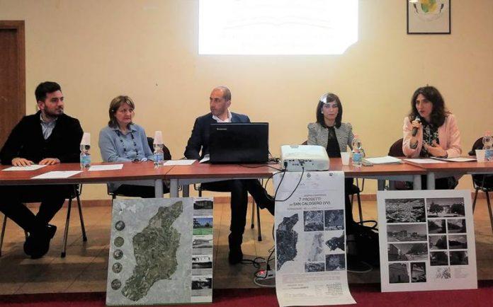 Il tavolo dei relatori a San Calogero