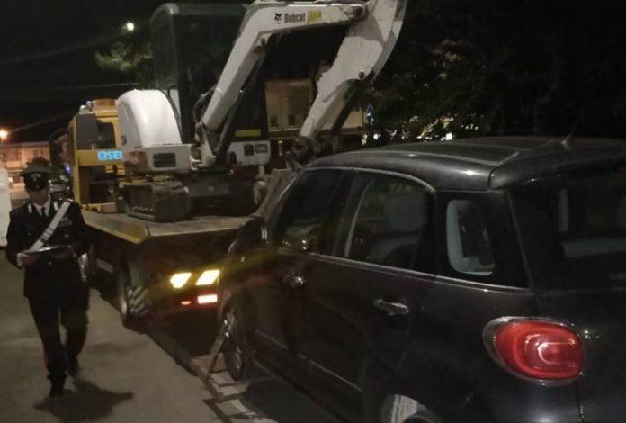 Il mezzo recuperato dai carabinieri di Tarantoi