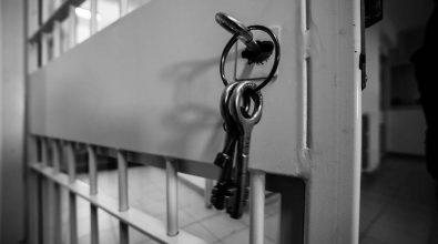 Pistola e munizioni in casa, domiciliari per 61enne di Rombiolo