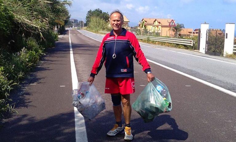 Pizzo, la storia di Ermete che da anni pulisce la strada dove fa jogging (VIDEO)