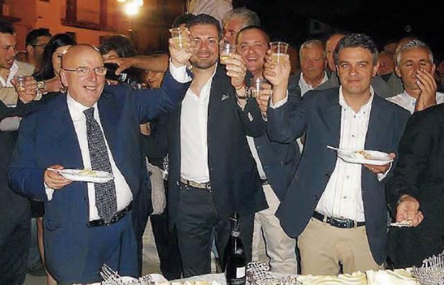 In primo piano da sinistra Oliverio, Barilaro e Mirabello