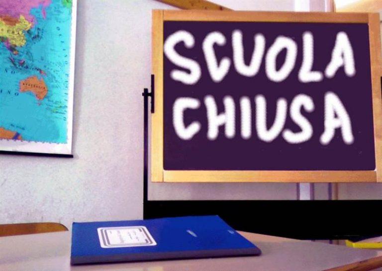 Coronavirus: Spirlì chiude in Calabria tutte le scuole