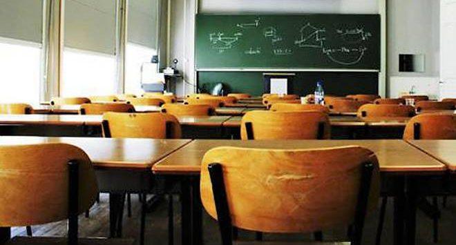 Meno posti per personale Ata nelle scuole della provincia di Vibo, i sindacati insorgono: «Inconcepibile»