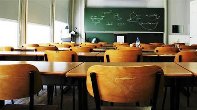 «In un mondo che vertiginosamente cambia, la scuola resta immutabile»