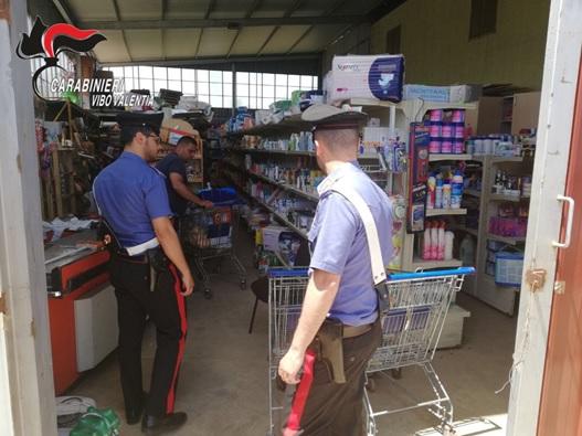 Supermercato abusivo sequestrato nel Vibonese