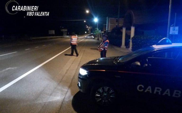 Controlli dei carabinieri nelle Serre, denunciate cinque persone