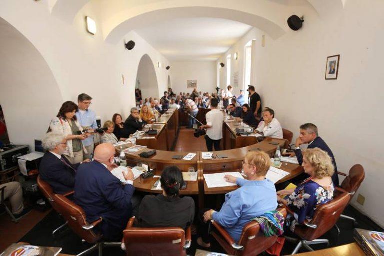 Nicotera, Lidia Bastianich testimonial della Dieta mediterranea (VIDEO)