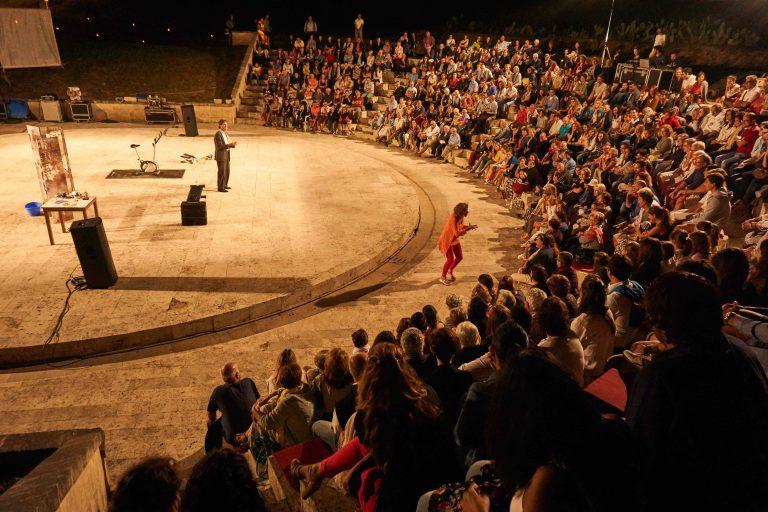 "Ricadi: ritorna ""Avvistamenti Teatrali"" a Torre Marrana"