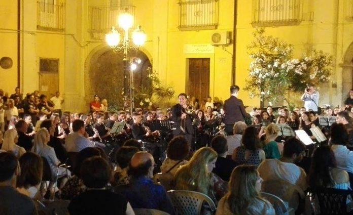 Il concerto dell'orchestra Tirrenium a Nicotera