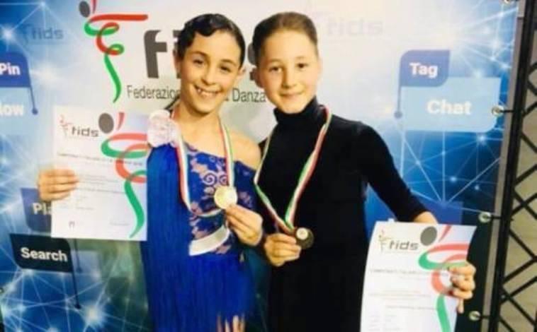 Danza sportiva, due vibonesi sul tetto d'Italia: la storia dei baby talenti Antonio e Ilaria