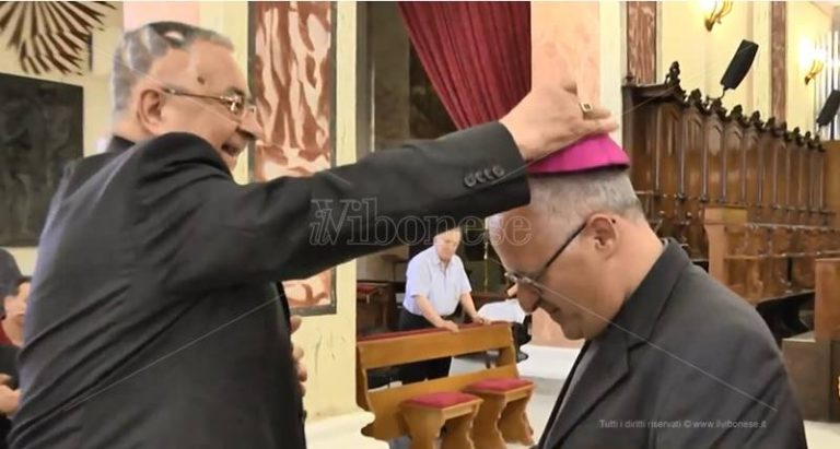 Chiesa vibonese in festa per la nomina di don Massara ad arcivescovo di Camerino (VIDEO)