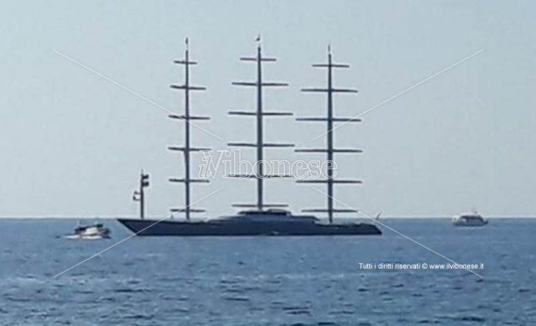 """I """"Paperon de' paperoni"""" scelgono il mare calabrese: il Falcone Maltese a Vibo Marina"""