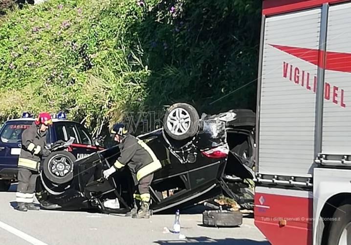 Ennesimo incidente stradale nel Vibonese, ferite due coppie di turisti stranieri