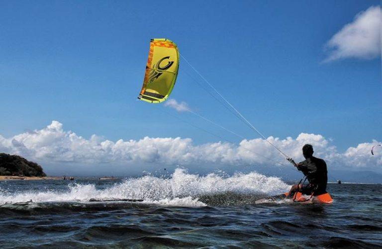 Incidente a Nicotera con il kitesurf, grave un 47enne