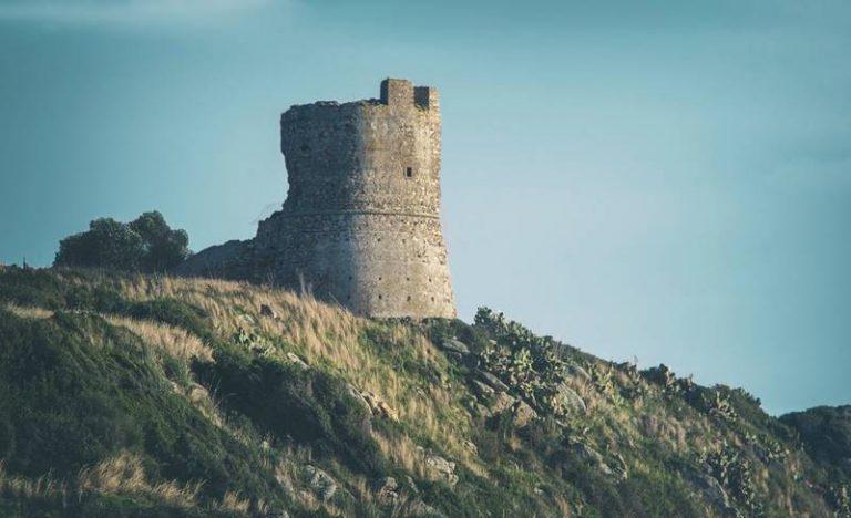 Torre di Joppolo: dopo mezzo secolo torna bene pubblico