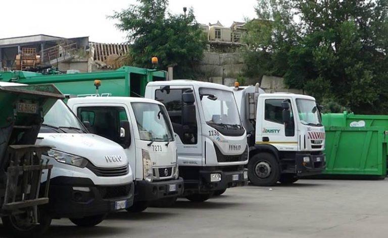 Caos rifiuti a Vibo, il sindacato: «Non si dia la colpa ai lavoratori»