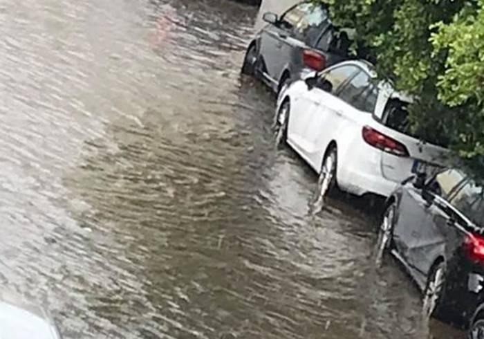 Bomba d'acqua nel Vibonese: strade allagate a Vibo, Vibo Marina e Bivona (VIDEO)