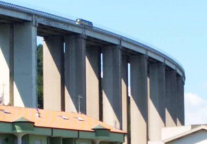 Il viadotto autostradale Costiera di Pizzo