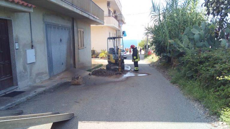San Leo di Briatico: fuga di gas, sgomberate 60 persone. Sul posto i vigili del fuoco