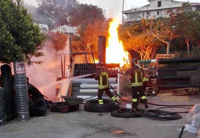 L'incendio a Brivadi