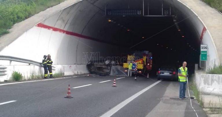Incidente mortale nel tratto vibonese dell'A2, automobilista deceduto sul colpo